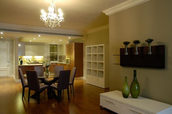 Cape Royale Luxury Hotel : Dining Area