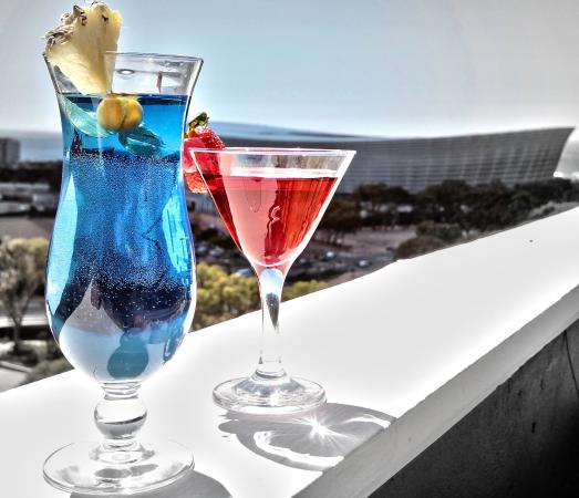The Cape Royale: SkyBar on the Roof Top