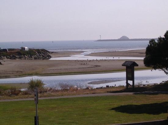 Front Street Inn: Ocean View