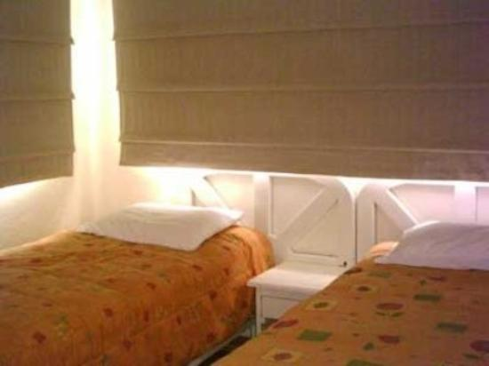 Hotel Coco Playa: Room