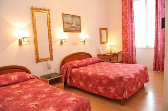 Hotel Richelieu : Guest room