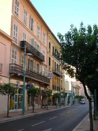 Hotel Richelieu : Exterior view