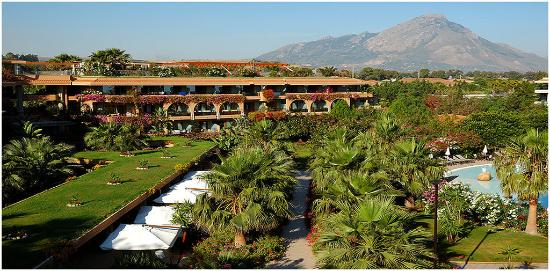 Acacia Resort Parco dei Leoni : Exterior