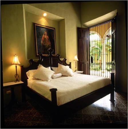 The Villa Merida Hotel: Guest Room