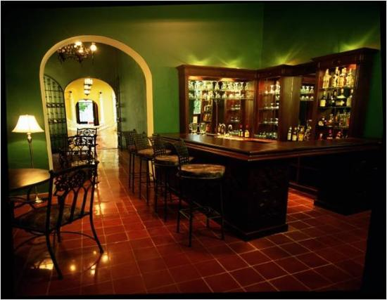 The Villa Merida: Bar/Lounge