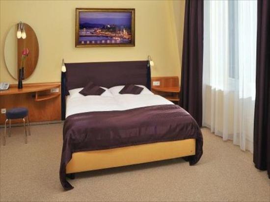 Regency Suites Hotel Budapest : Suitebedroom