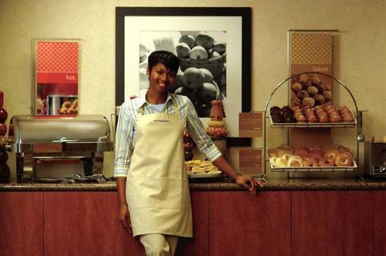 Hampton Inn Auburn: Restaurant