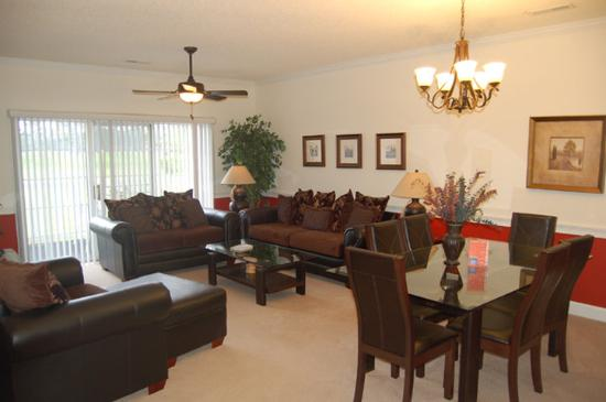 Myrtlewood Villas: Living Room