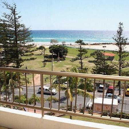 Beach House Seaside Resort - Classic Holidays : Balcony View B