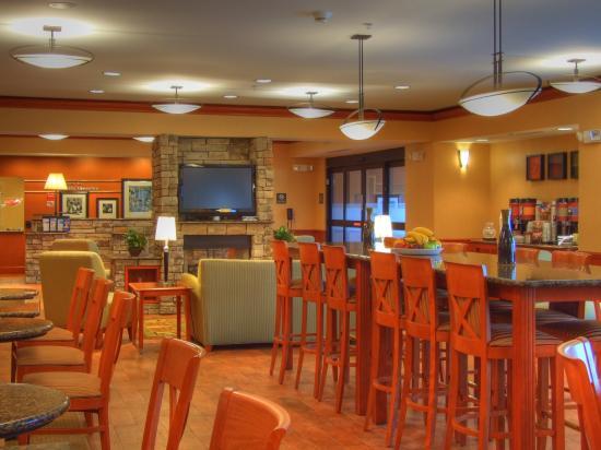 Hampton Inn Detroit / Utica - Shelby Township: Breakfast Area