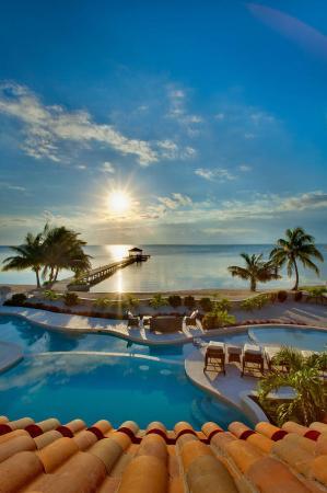 Belizean Cove Estates: Sandy Point Resorts