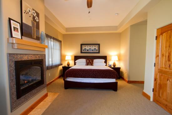 Columbia Cliff Villas Hotel: Guest room