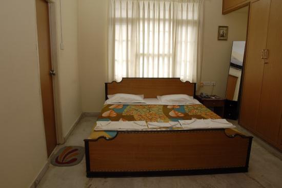Pagoda Suites: Room Suite