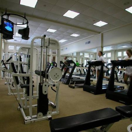 The Beach Club: Gym