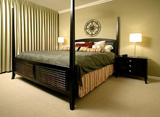 The Beach Club: Bedroom
