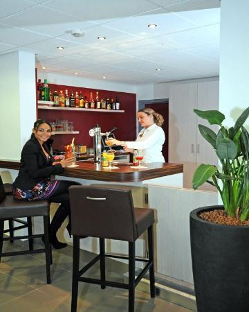 Hotel Balladins Charleroi / Airport