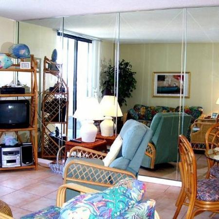 Gulf Shores Surf & Racquet Club: Living Room