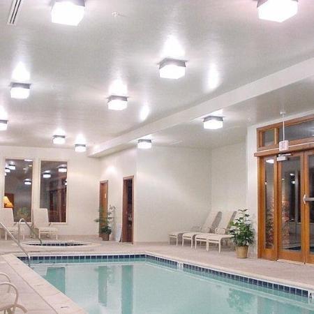 Oro Grande: Pool