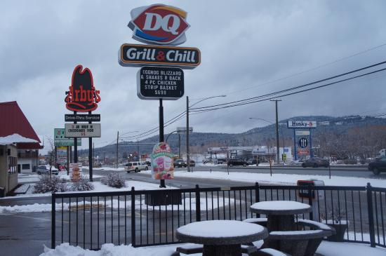 D Q Grill & Chill
