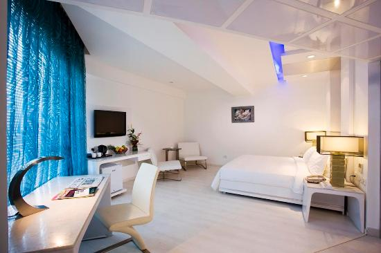 S Hotel : Guest Room
