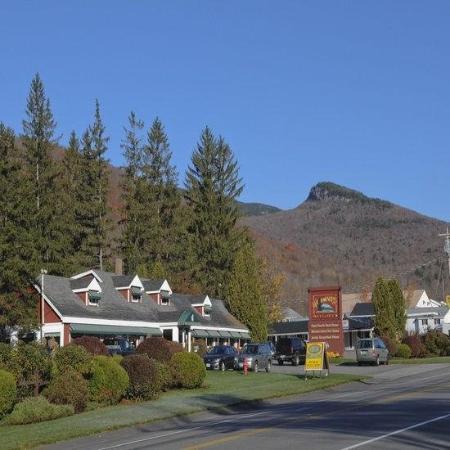 Woodward's Resort: Exterior