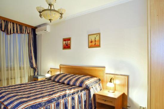 Hotel Astrus