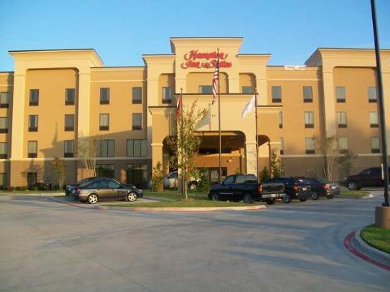 Hampton Inn and Suites Pine Bluff: Exterior