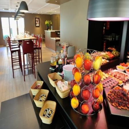 Campanile Bourg En Bresse - Viriat : Buffet restaurant