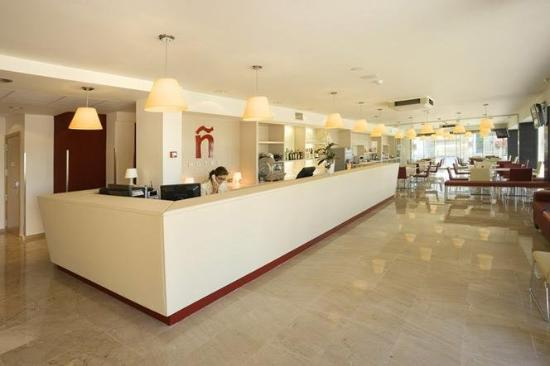 Hotel Bed4U Tudela : Reception