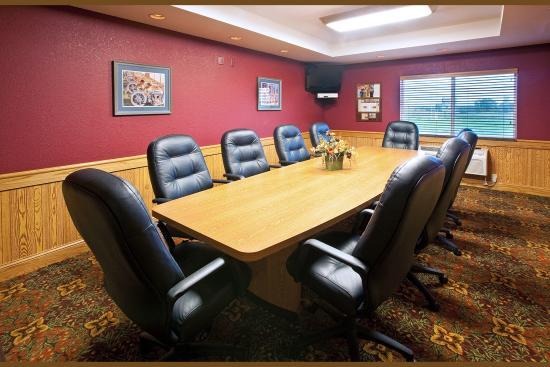 AmericInn Lodge & Suites Anamosa: Americ Inn Anamosa Meeting Room