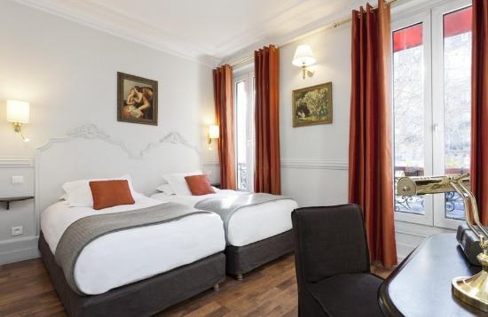 أوتل ديلا بور دوريه: guest room