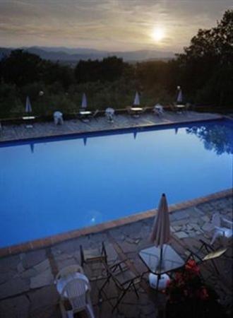 Ippotur Medieval Resort Castelnuovo Magra: Exterior