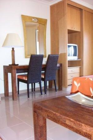 Toboso apar-turis Hotel: Room