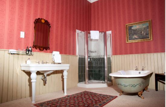 Storrs Lodges: Classic room