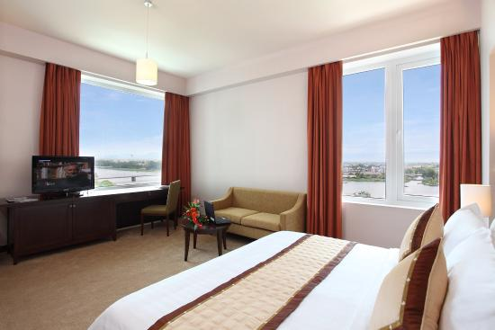 Muong Thanh Holiday Hue Hotel: Suite