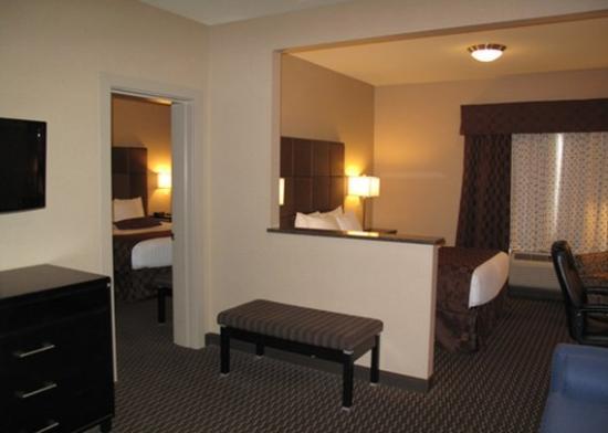 Comfort Suites Kelowna: SNKQ