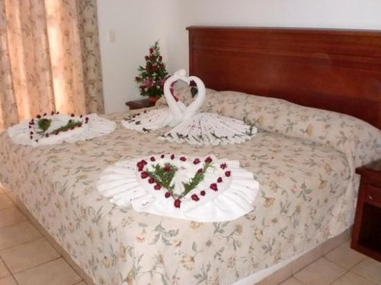 Caracol Plaza: Guest Room