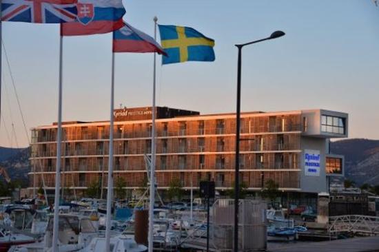 Kyriad Prestige Toulon - L S S M - Centre Port : Exterior View