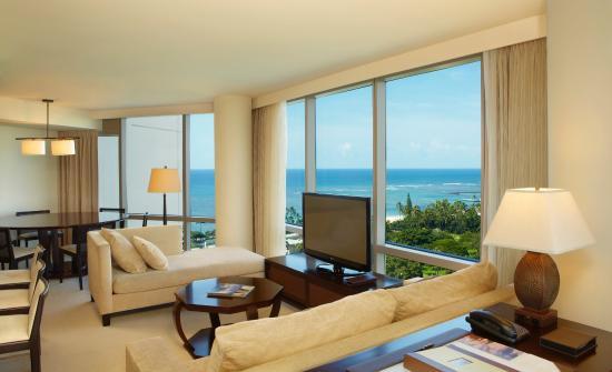 Trump International Hotel Waikiki: Deluxe Two Bedroom Ocean View Suite