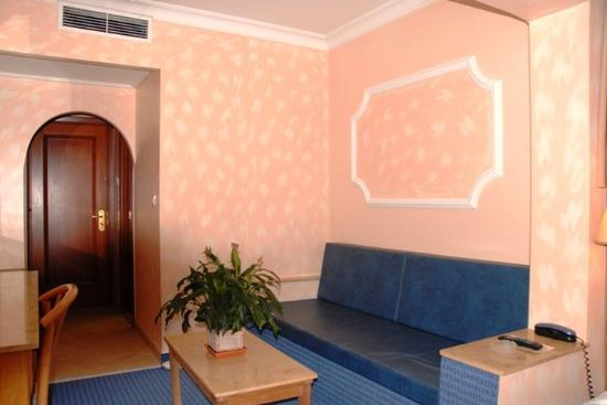 Hotel Noufara: Lobby View