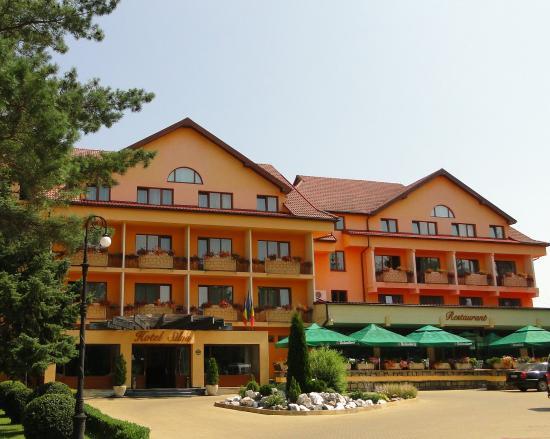 BEST WESTERN Hotel Silva: BEST WESTERN Silva Hotel Front View