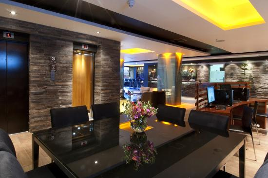 Sonesta Hotel Cusco: Business Center / sala de negocios