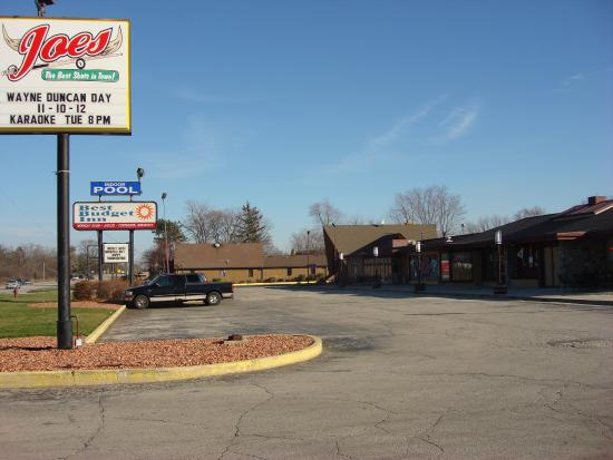 Best Budget Inn Joliet: Other Hotel Services/Amenities