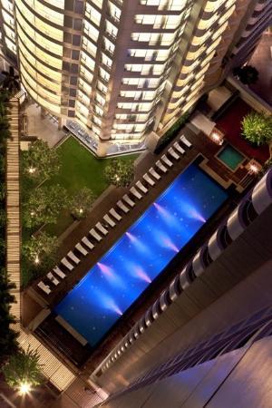 Oaks Bangkok Sathorn: Lap Pool