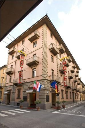 Hotel Savona: Exterior View