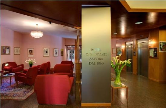 Hotel Savona: Lobby View