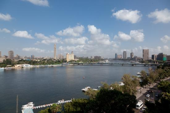 Kempinski Nile Hotel Cairo : Kempinski Nile View By Day