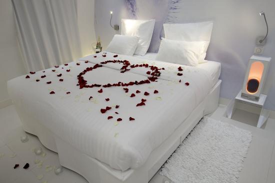 BLC Design Hotel: Honeymoon Room