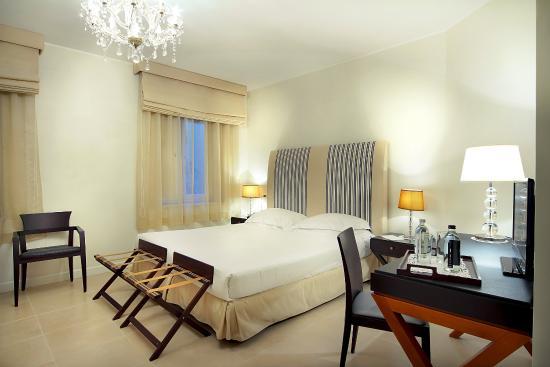 Hotel Cavalieri: Triple Room