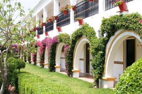 Globales Cortijo Blanco Hotel: Hotel